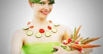 femme avec des légumes