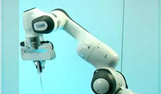 bras robotisé pour injections