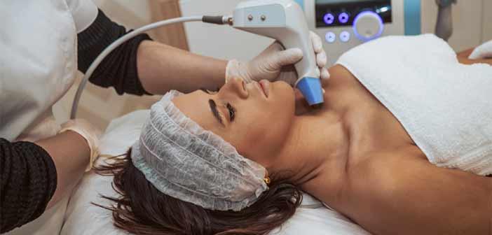 ultrasons sur buste de femme