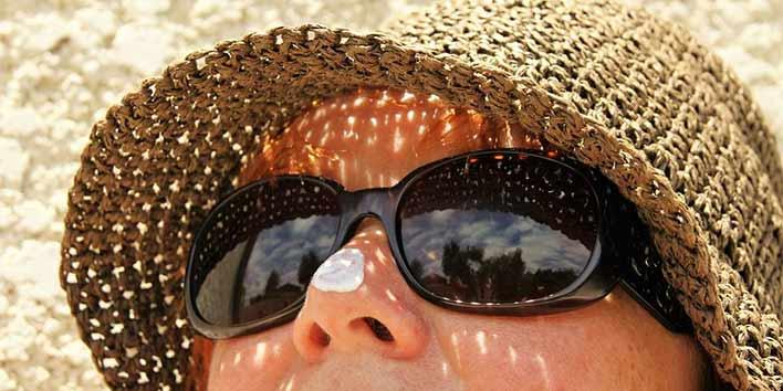 creme solaire sur le nez